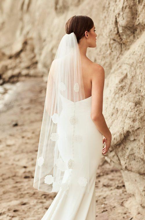 Floral Guipure Lace Veil - Style #VM470F | Mikaella Bridal