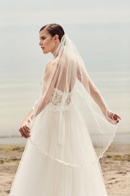 Guipure Lace Scallop Veil - Style #VM472F | Mikaella Bridal