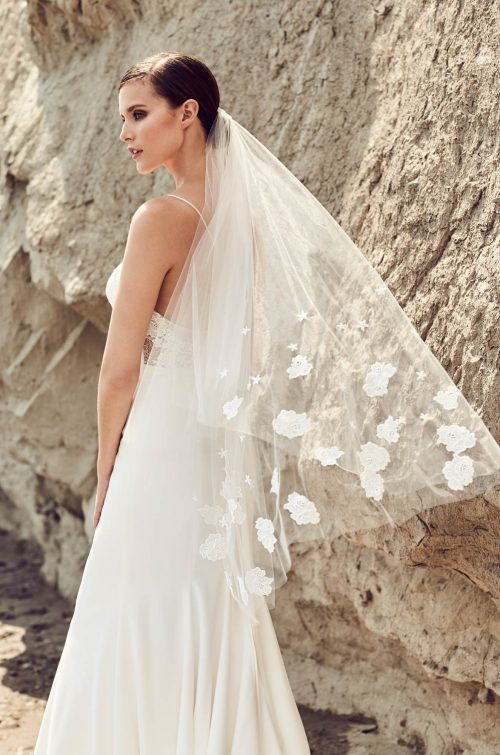 Guipure Lace Flower Veil - Style #VM474F | Mikaella Bridal